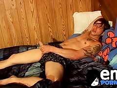 Gorgeous emo dudes with big cocks hard jerking session